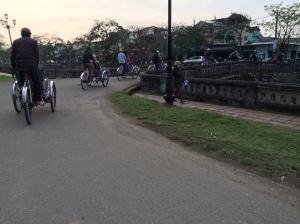 Pedicab tour gang, Hue Vietnam