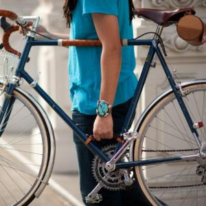 bicycle-frame-handle-erinberzelphotography-4263_600x