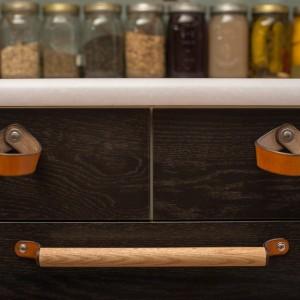 Walnut Studiolo leather and wood draw pulls