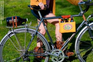 Leather Beer Holder for Bikes makes a great Christmas Gift