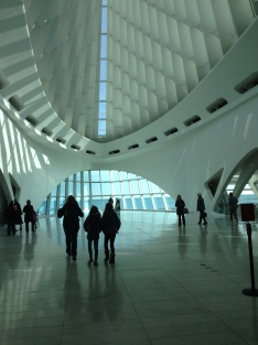 The beautiful and dramatic entrance to the Milwaukee Art Museum