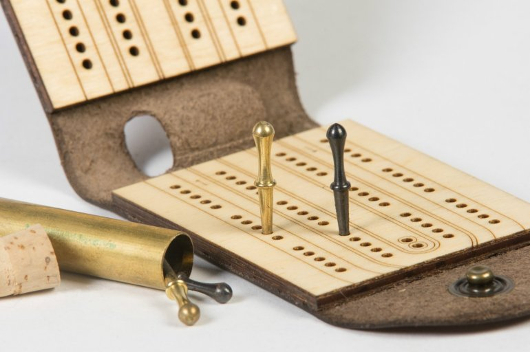 walnut-studiolo-travel-games-travel-cribbage-board-496304193563_2000x